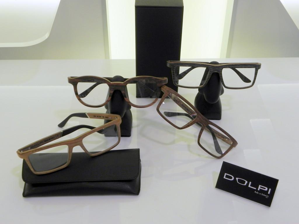 Gruppo occhiali legno Dolpi